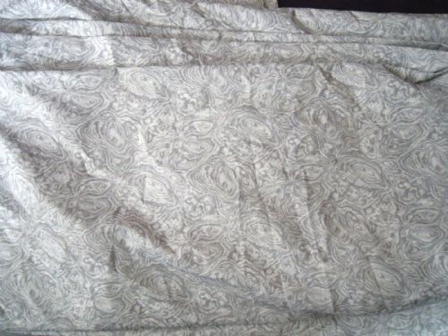 LASTOLITE GREY SWIRL PATTERN BACKGROUND APPROX 10FTX12FT WASHABLE
